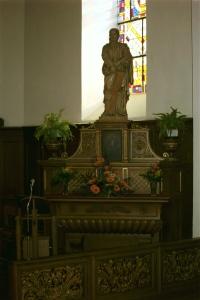 autel latéral droit